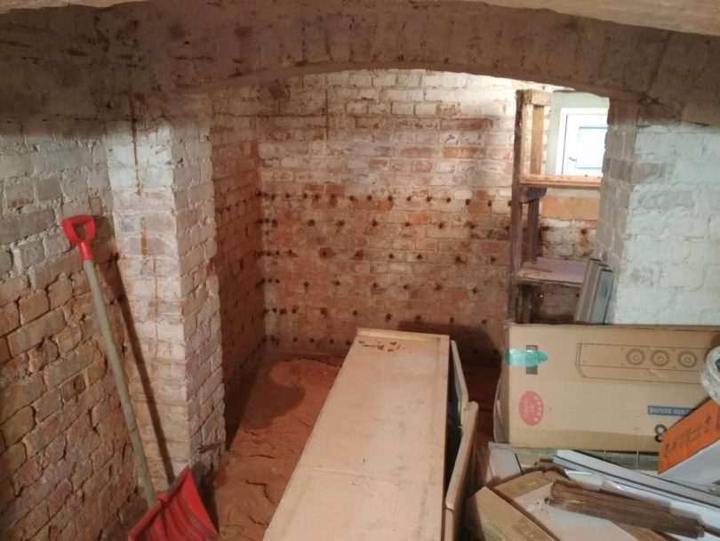 Osuszanie piwnicy domu wielorodzinnego w Opolu